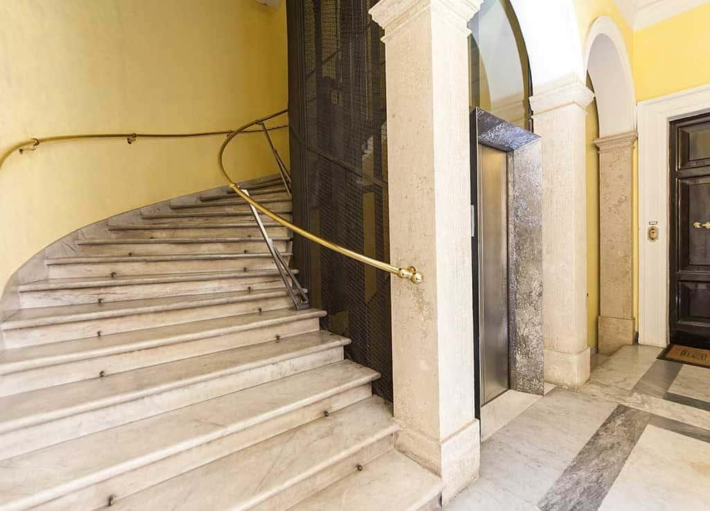 Scala Ufficio via quattro Novembre 114 Roma | COGERAM