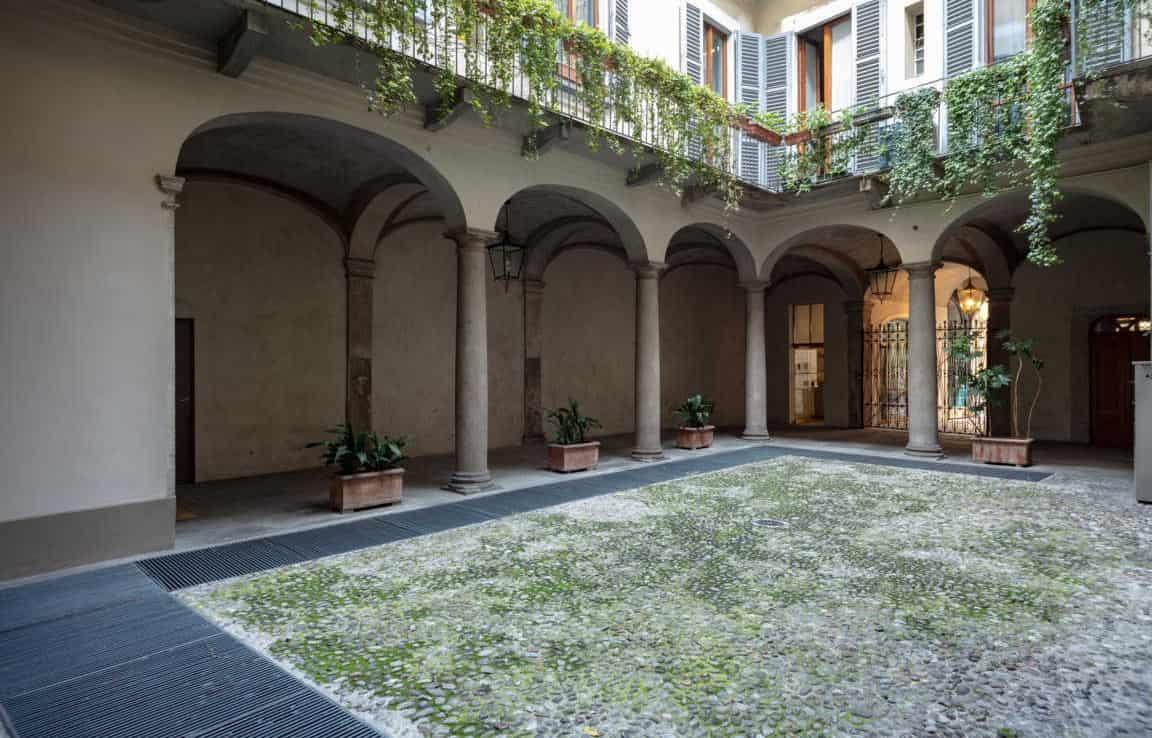 Vista su cortile interno e portico - Appartamento via Morigi 7 a Milano | COGERAM