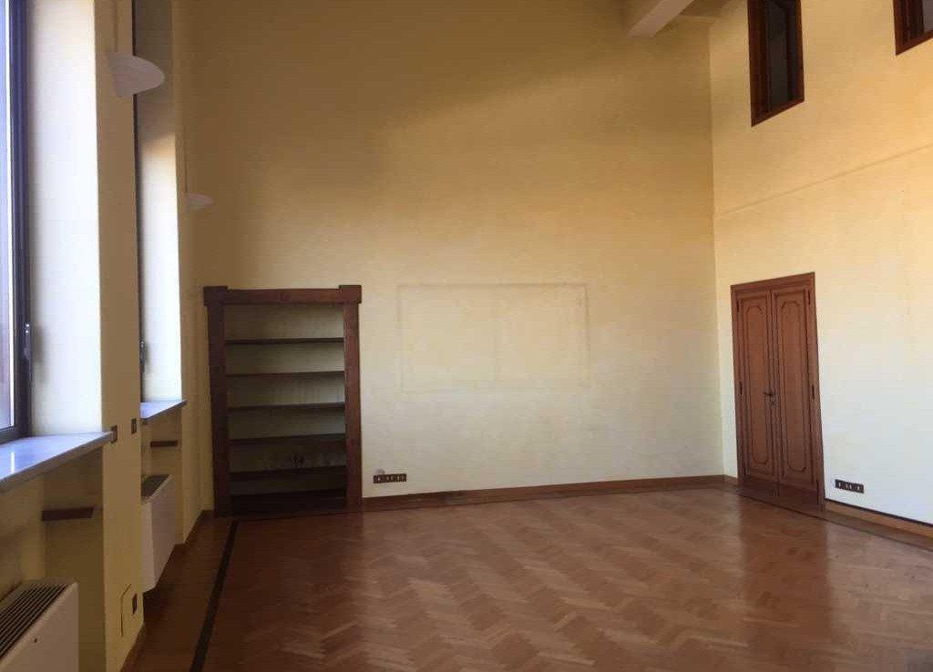 Stanza Ufficio via quattro Novembre 114 Roma | COGERAM