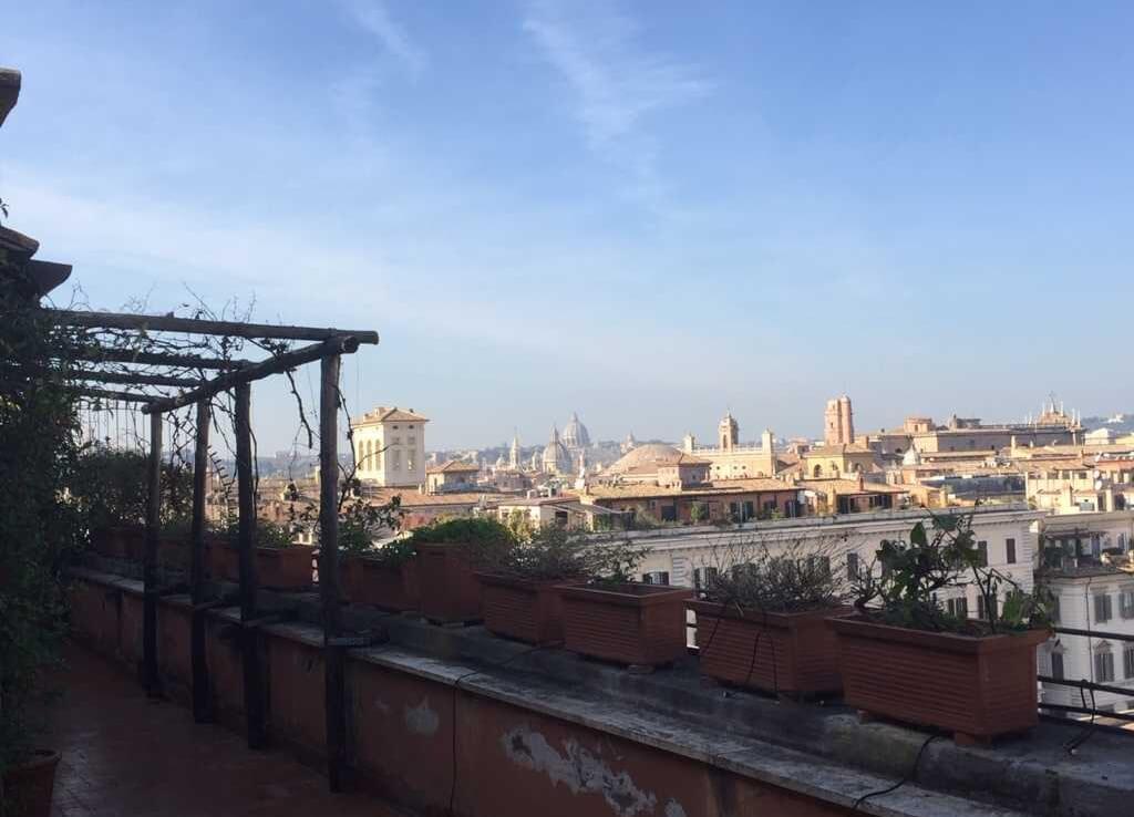 Vista da balcone Ufficio via quattro Novembre 114 Roma | COGERAM
