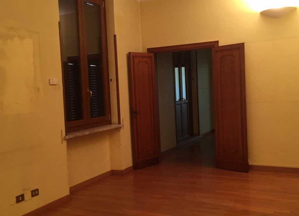 Porta Stanza Ufficio via quattro Novembre 114 Roma | COGERAM